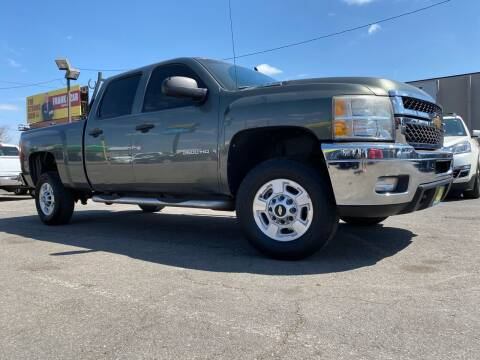 2011 Chevrolet Silverado 2500HD for sale at New Wave Auto Brokers & Sales in Denver CO