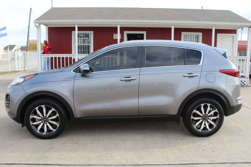 2017 Kia Sportage for sale at AMT AUTO SALES LLC in Houston TX