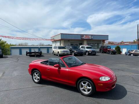 2002 Mazda MX-5 Miata for sale at FIESTA MOTORS in Hagerstown MD