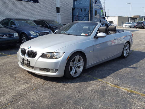 2008 BMW 3 Series for sale at AUTOSAVIN in Elmhurst IL