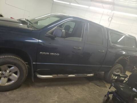 2004 Dodge Ram Pickup 1500 for sale at Geareys Auto Sales of Sioux Falls, LLC in Sioux Falls SD