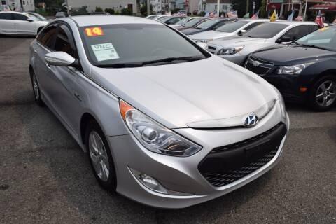 2014 Hyundai Sonata Hybrid for sale at VNC Inc in Paterson NJ