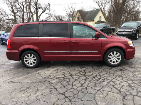 2016 Chrysler Town and Country for sale at Westview Motors in Hillsboro OH