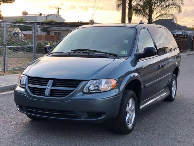 2006 Dodge Grand Caravan for sale at ZaZa Motors in San Leandro CA