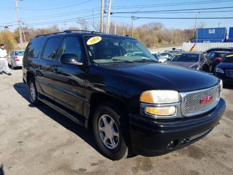 2004 GMC Yukon XL for sale at I57 Group Auto Sales in Country Club Hills IL