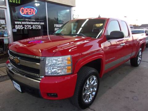 2007 Chevrolet Silverado 1500 for sale at World Wide Automotive in Sioux Falls SD