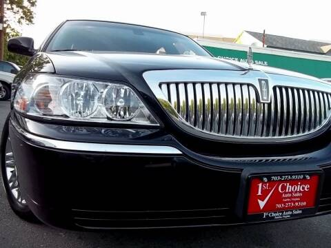 2003 Lincoln Town Car for sale at 1st Choice Auto Sales in Fairfax VA