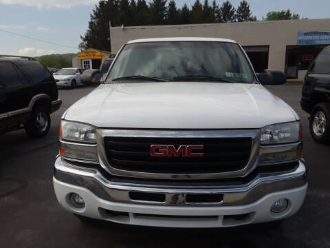 2005 GMC Sierra 1500 for sale at Dun Rite Car Sales in Downingtown PA