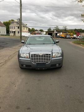 2006 Chrysler 300 for sale at Whiting Motors in Plainville CT