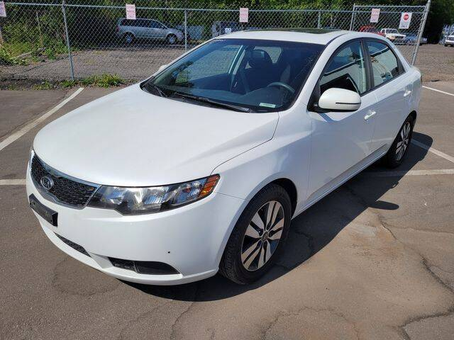 2013 Kia Forte for sale at North Oakland Motors in Waterford MI