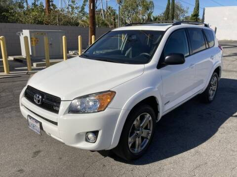 2009 Toyota RAV4 for sale at Hunter's Auto Inc in North Hollywood CA
