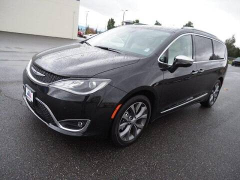 2020 Chrysler Pacifica for sale at Karmart in Burlington WA
