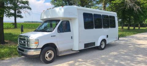 2009 Ford E-450 20 Passenger Shuttle Bus for sale at Allied Fleet Sales in Saint Charles MO