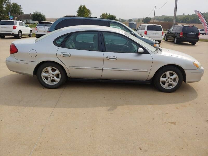 2003 Ford Taurus for sale at Lawton Motor Company in Lawton IA