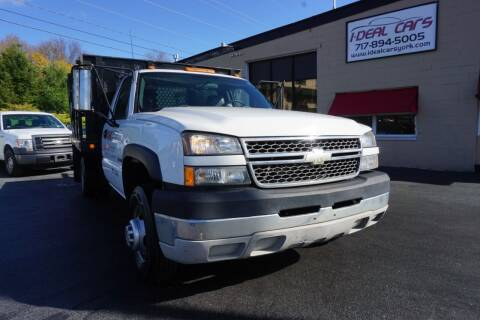 2005 Chevrolet Silverado 3500 for sale at I-Deal Cars LLC in York PA