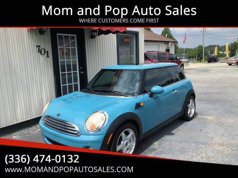 2009 MINI Cooper for sale at Mom and Pop Auto Sales LLC in Thomasville NC