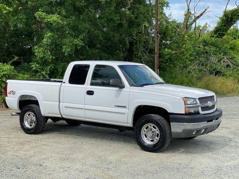 2003 Chevrolet Silverado 2500HD for sale at Charlie's Used Cars in Thomasville NC