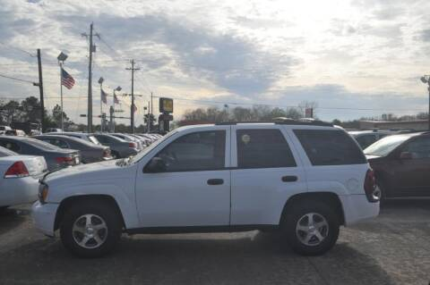 2006 Chevrolet TrailBlazer for sale at BIG 7 USED CARS INC in League City TX