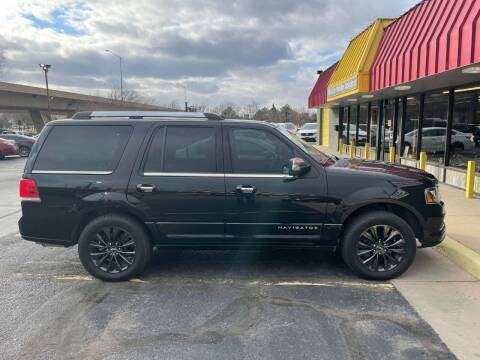 2015 Lincoln Navigator for sale at Affordable Mobility Solutions, LLC - Standard Vehicles in Wichita KS