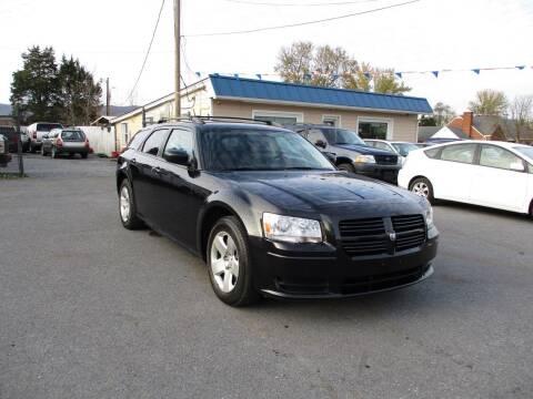 2008 Dodge Magnum for sale at Supermax Autos in Strasburg VA