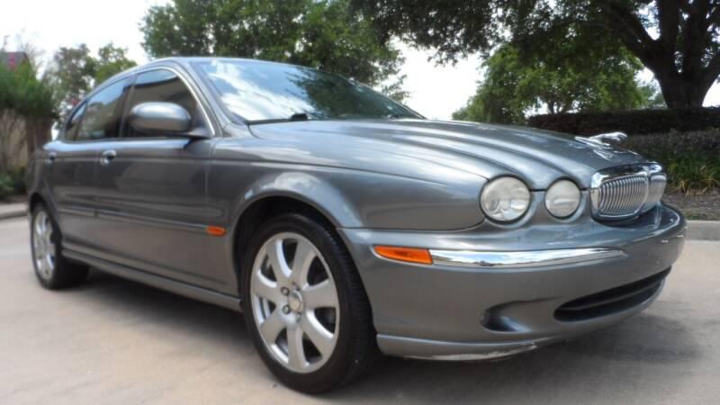 2004 Jaguar X-Type for sale at Exhibit Sport Motors in Houston TX