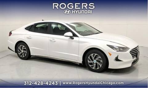 2021 Hyundai Sonata Hybrid for sale at ROGERS  AUTO  GROUP in Chicago IL
