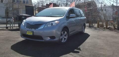 2017 Toyota Sienna for sale at Elis Motors in Irvington NJ
