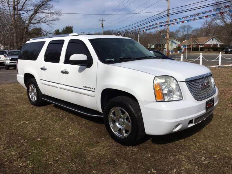 2007 GMC Yukon XL for sale at Manny's Auto Sales in Winslow NJ