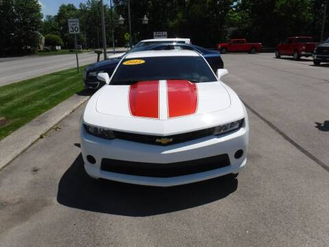 2015 Chevrolet Camaro for sale at Dave's Car Corner in Hartford City IN