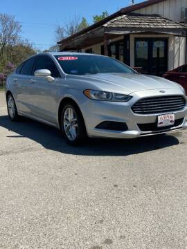 2013 Ford Fusion for sale at El Rancho Auto Sales in Des Moines IA