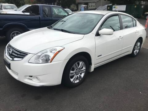 2010 Nissan Altima Hybrid for sale at Chuck Wise Motors in Portland OR
