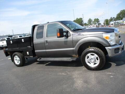 2016 Ford F-250 Super Duty for sale at GOWEN WHOLESALE AUTO in Lawrenceburg TN