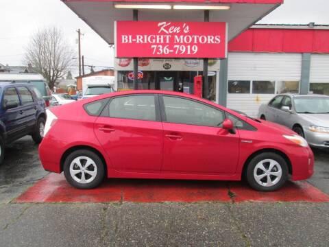 2013 Toyota Prius for sale at Bi Right Motors in Centralia WA