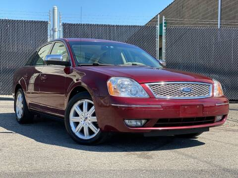 2007 Ford Five Hundred for sale at Illinois Auto Sales in Paterson NJ