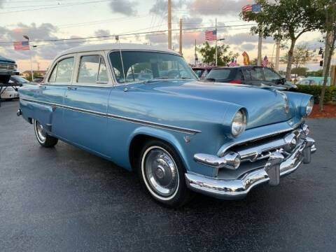 1954 Ford Crestline for sale at Classic Car Deals in Cadillac MI