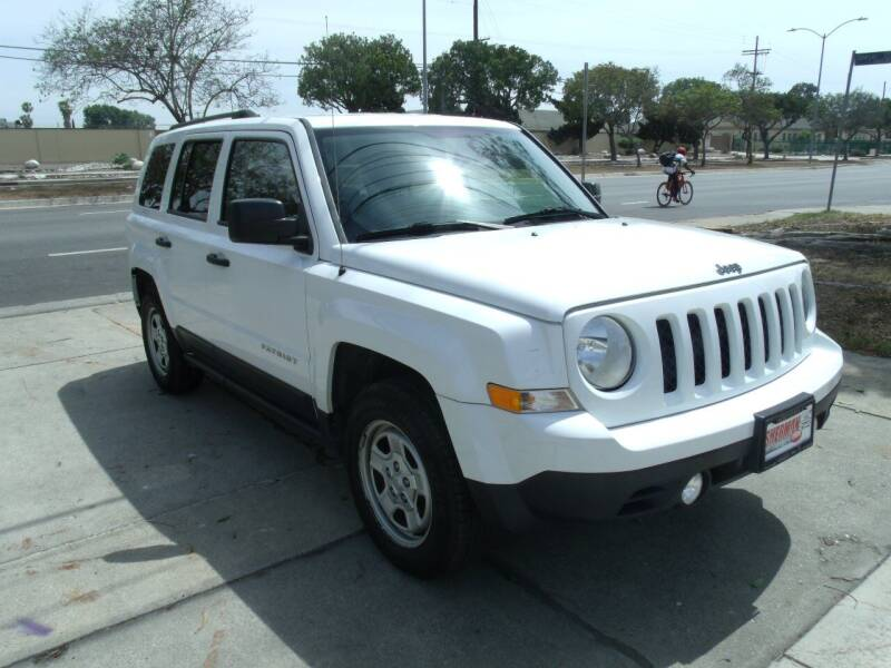2016 Jeep Patriot for sale at Hollywood Auto Brokers in Los Angeles CA