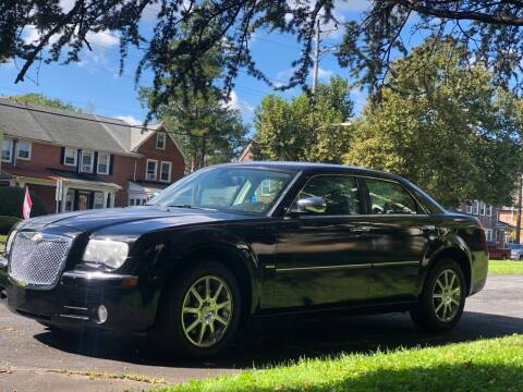 2009 Chrysler 300 for sale at Glacier Auto Sales in Wilmington DE