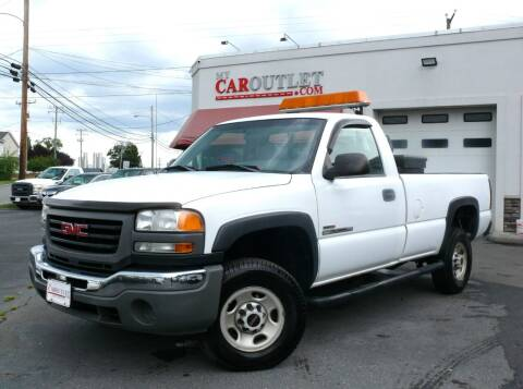 2005 GMC Sierra 2500HD for sale at MY CAR OUTLET in Mount Crawford VA