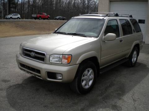 2001 Nissan Pathfinder for sale at Route 111 Auto Sales in Hampstead NH
