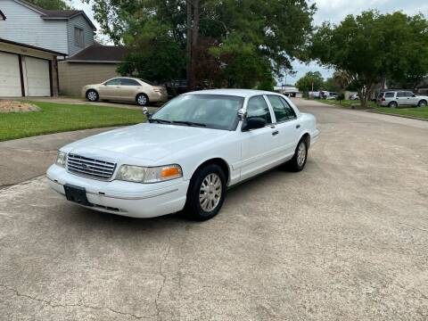 2004 Ford Crown Victoria for sale at Demetry Automotive in Houston TX