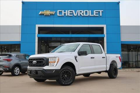 2021 Ford F-150 for sale at Lipscomb Auto Center in Bowie TX