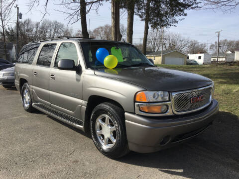 2005 GMC Sierra 1500 for sale at Antique Motors in Plymouth IN