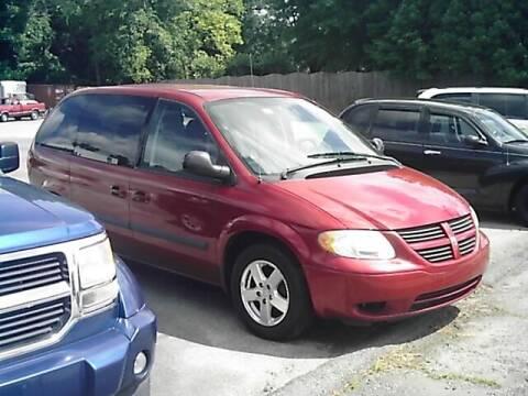 2005 Dodge Caravan for sale at S & R Motor Co in Kernersville NC