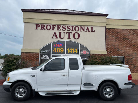 2003 Ford F-150 for sale at Professional Auto Sales & Service in Fort Wayne IN