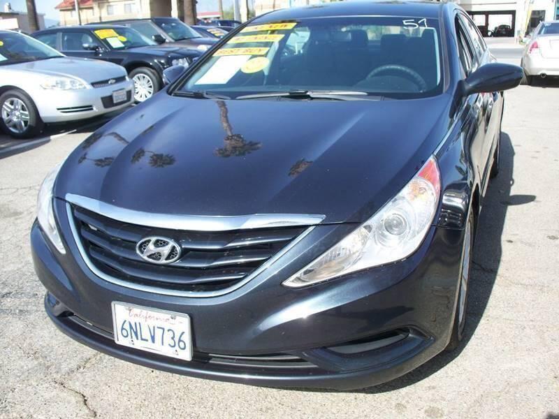 2011 Hyundai Sonata for sale at F & A Car Sales Inc in Ontario CA