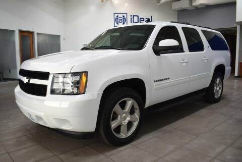 2013 Chevrolet Suburban for sale at iDeal Auto Imports in Eden Prairie MN