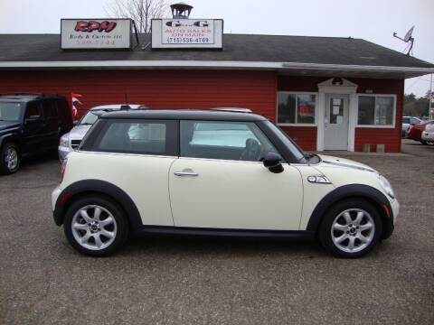 2010 MINI Cooper for sale at G and G AUTO SALES in Merrill WI