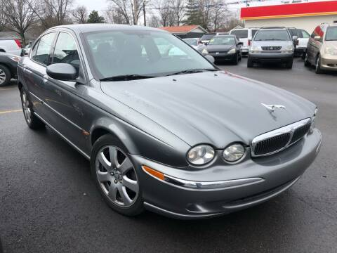2004 Jaguar X-Type for sale at Wise Investments Auto Sales in Sellersburg IN