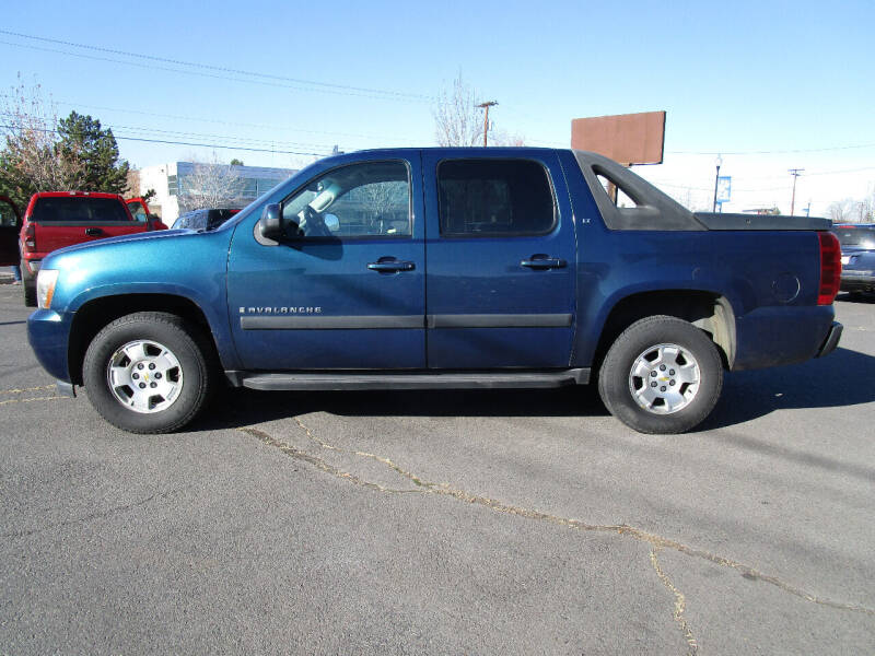 2007 Chevrolet Avalanche for sale at Miller's Economy Auto in Redmond OR