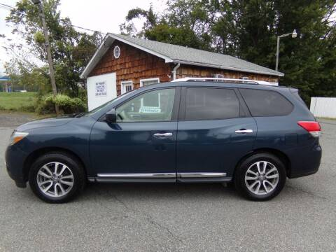 2013 Nissan Pathfinder for sale at Trade Zone Auto Sales in Hampton NJ